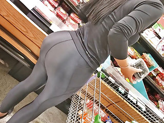 unreal spandex milf booty