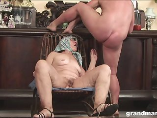 Very old amateur with glasses spreads her legs to be fucked by a stud