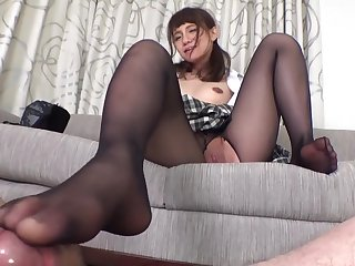 Nice amateur asian in pantyhose fucking