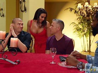 Cock hungry wife Luna Star fucked by two dudes at the same time